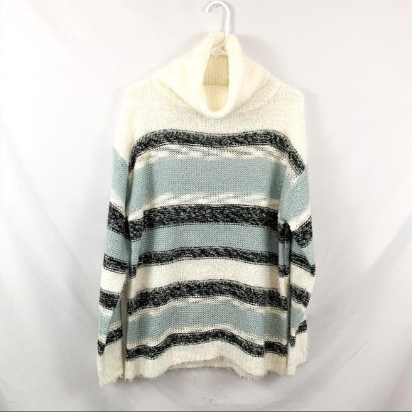 Brave soul London turtleneck fuzzy sweater